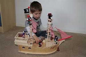 John Crane Tidlo Paragon Pirate Ship Review    Wooden Toys