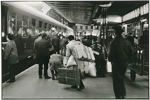 Train à L Arrivée : voyageur portugais l arriv e du train hendaye paris en gare d austerlitz paris 1966 mus e ~ Medecine-chirurgie-esthetiques.com Avis de Voitures