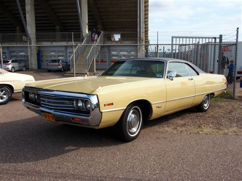 File:1971 Chrysler Newport pic2.JPG - Wikimedia Commons