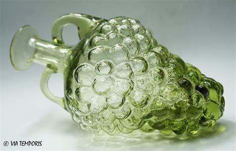 panier 騅ier cuisine verre gallo bouteille en forme de grappe de raisin verte via temporis