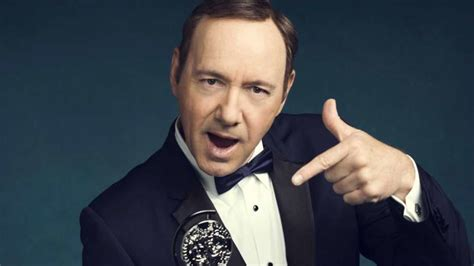 Kevin Spacey Jokes About Coming Out Of The Closet At The