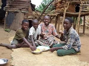 Ugandan Kids Eating