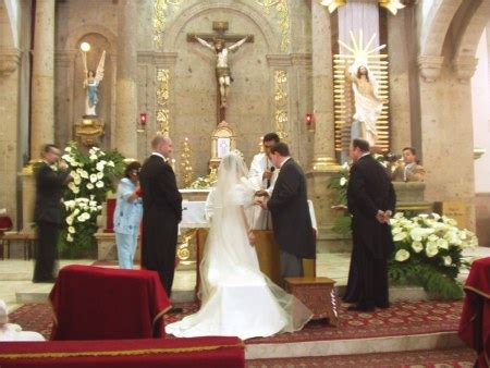 marriage pledge     sign  bill