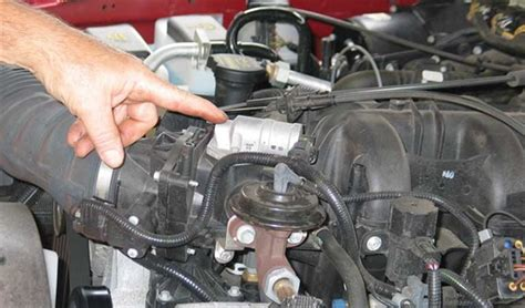 tracing poor engine idle automotive service professional