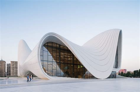 Zaha Hadid Die Koenigin Der Architektur by Zaha Hadid 5 7 2014 Gg Magazine