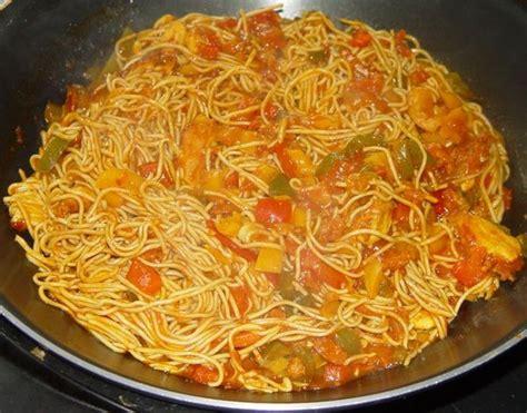 wok de poulet aux l 233 gumes et nouilles chinoises