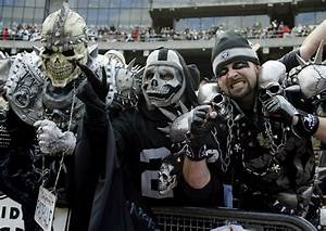 "Oakland Raiders ""Black Hole"" Fans Hire PR Firm To Change ..."