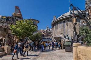 Star Wars Galaxy's Edge Review: An Incredible Experience ...