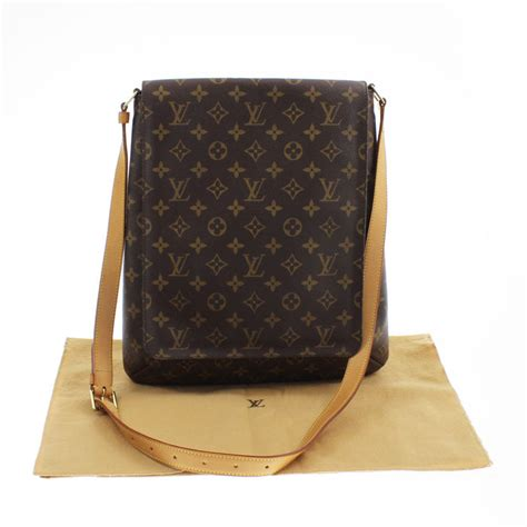 louis vuitton monogram musette gm shoulder strap bag