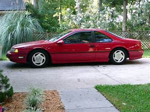 1990 Ford Thunderbird - Pictures