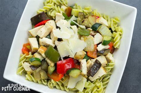 recette de salade de pates au poulet recette de salade de p 226 tes au pesto poulet et l 233 gumes