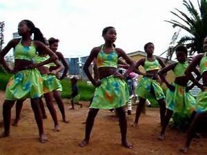 Xhosa Traditional Dance Group - YouTube  Traditional