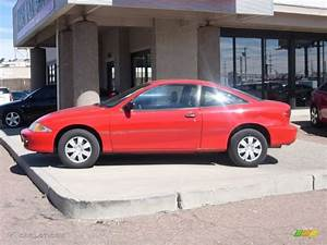 2001 Bright Red Chevrolet Cavalier Coupe #91408090 Photo ...
