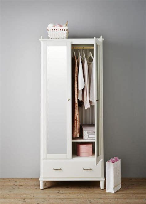 armoire pour chambre armoire tyssedal ikea chambre 10 armoires d 233 co pour