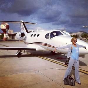 Jet Set Paris : jet set lifestyle paris hilton posts private plane instagram pics aol uk travel ~ Medecine-chirurgie-esthetiques.com Avis de Voitures