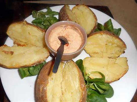 recette de pommes de terre au four et creme au paprika
