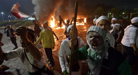 indonesia president condemns rally violence chaos