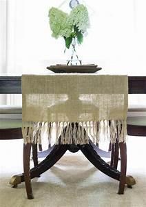Chemin De Table Design : chemin de table toile de jute fabriquer soi m me ~ Teatrodelosmanantiales.com Idées de Décoration