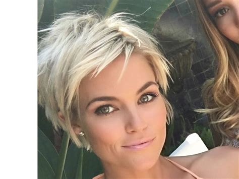 30 Fantastic Short Hairstyles Front And Back View 2018
