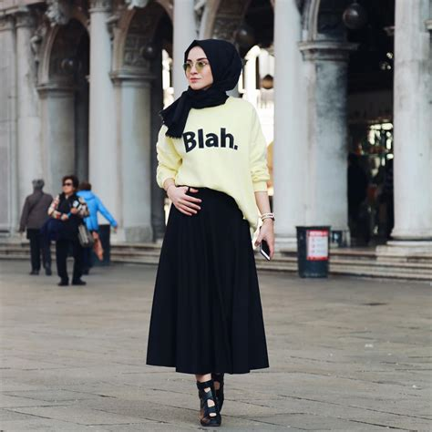 modern hijab style celebrity fashion outfit trends