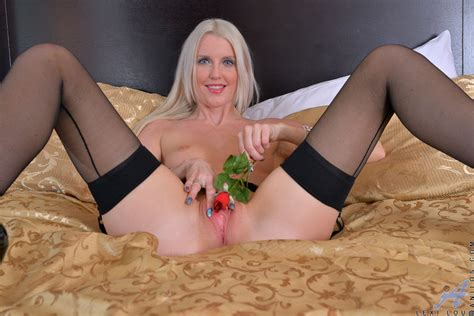 Sexy Blonde Milf Lexi Lou Spreading Her Pink Pussy 1 Of 1