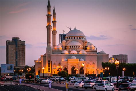 The 5 Most Incredible And Photogenic Mosques In The Uae