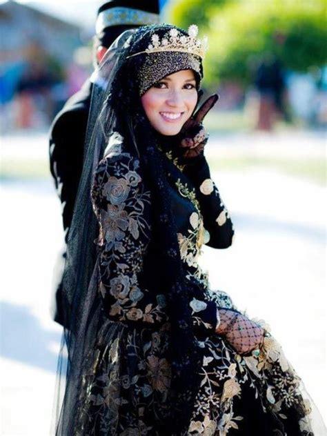 gaun pengantin muslim terbaru
