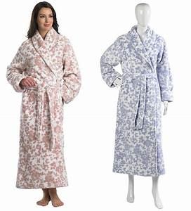 Bademantel Damen Lang : damen morgenmantel slenderella lang polar fleece blumen ~ Watch28wear.com Haus und Dekorationen