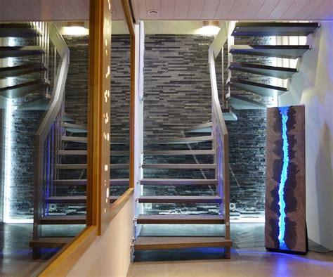 escalier suspendu viva escaliers contemporains en bois mod 232 le viva