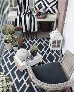 Tapis Pour Balcon : 3 id es d co pour un balcon cosy pour l 39 automne shake my blog ~ Teatrodelosmanantiales.com Idées de Décoration