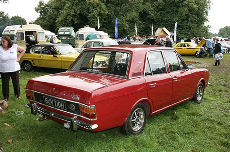 Images for > Ford Cortina 1600e 4dr