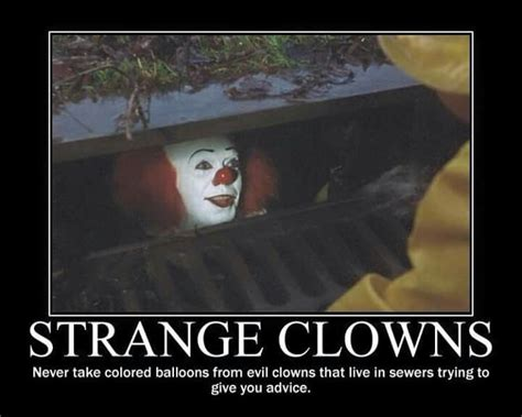 Pennywise The Clown Meme - pennywise the clown weird stuff pinterest pennywise the clown the clown and clowns