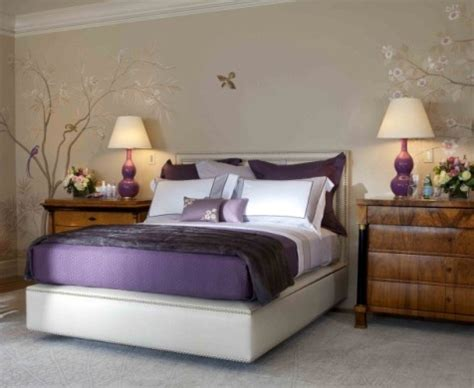 Bedroom Decorating Ideas For Purple Rooms by Purple Bedroom Decorating Ideas Interior Design
