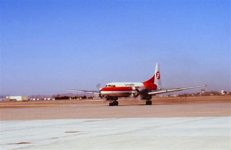 File:Lawton, Oklahoma Municaipal Airport - Frontier ...