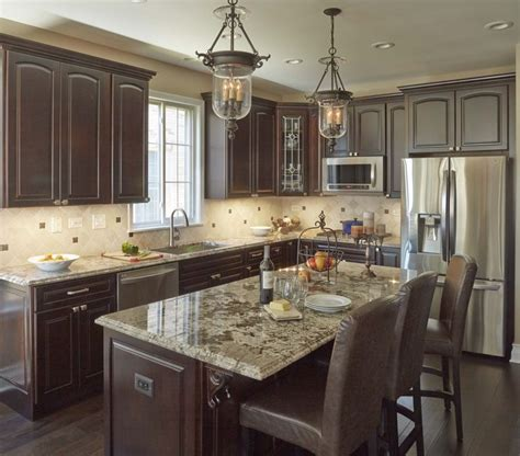 pictures of backsplashes in kitchens 1000 ideas about tumbled marble tile on 7442