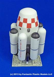 Ithacus Vtvl Ssto Troop Carrier 1 288 Model By Fantastic Plastic