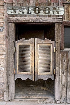 western swinging saloon doors  carl keyes