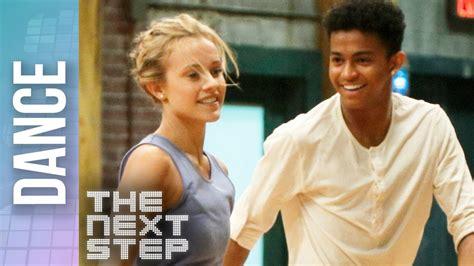 kingston lola game face duet   step dances