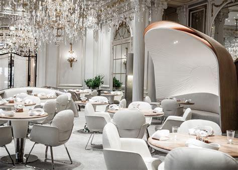 table de cuisine design hotel plaza athénée global lighting