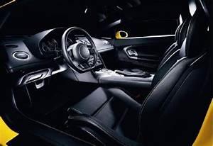 Lamborghini Gallardo Interieur : fiche technique lamborghini gallardo 5 0 v10 ann e 2006 ~ Medecine-chirurgie-esthetiques.com Avis de Voitures