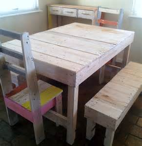 Beach Pallet Furniture