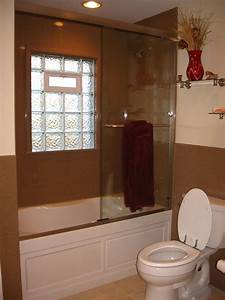 Glass block windows for the bathroom and shower in st louis for Windows for bathroom showers