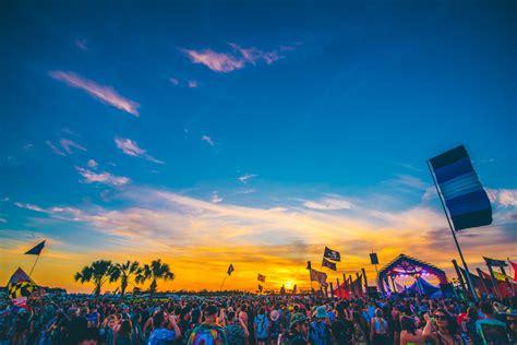 80 видео 8 просмотров обновлено 3 дня назад. Insomniac Announces New 2021 Oceanfront House Music Festival, Day Trip - EDM.com - The Latest ...