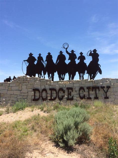Hotels In Dodge City Ks by Inn Express Suites Dod Dodge City Ks Booking