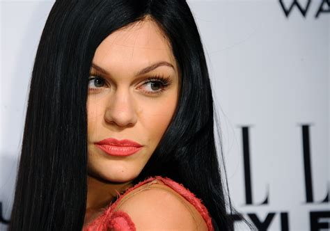 Jessie J Labels Her Bisexuality 'a Phase' 'i Want To Stop