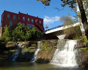 Chagrin Falls, OH - About The Community of Chagrin Falls OH