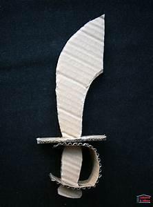 Fabriquer Un Personnage En Carton : fabriquer un sabre de pirate en carton gabarit ~ Zukunftsfamilie.com Idées de Décoration