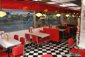 Meet & Eat: Chrome Diner, Lensahn: The American Way of