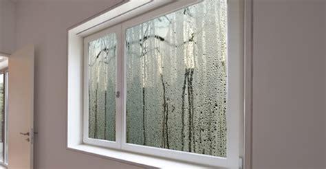 probleme humidité chambre condensation à l 39 intérieur ou à l 39 extérieur des fenêtres