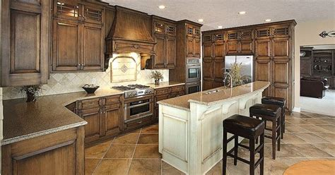 amish kitchen cabinets ohio amish crafted kitchen by mullet cabinet in millersburg 4055